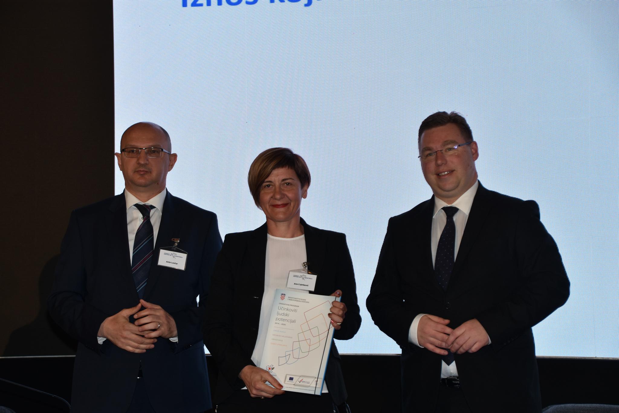 """DEŠA – Dubrovnik je potpisala ugovor za provedbu projekta """"Web and work """""""